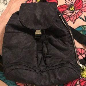 Lululemon acid grey medium size backpack